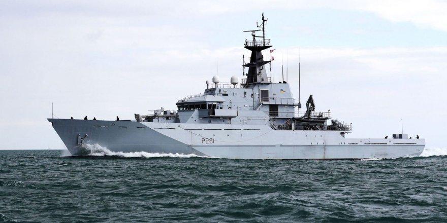 British warship tracks Russian Navy vessel through English Channel