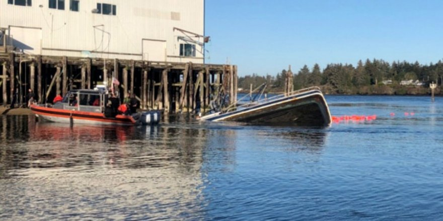 Four seamen rescued from sinking fishing vessel in Oregon coast