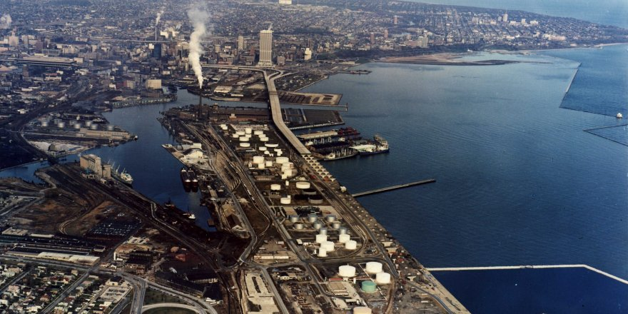 Port of Milwaukee roads flooded