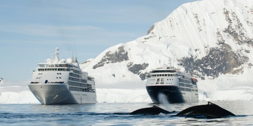 Two Silversea ships meet in the Arctics