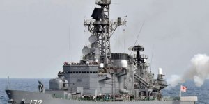 Japanese destroyer and Chinese fishing boat collided