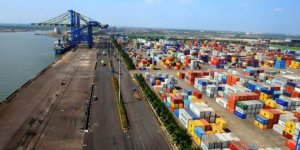 India asks ports to waive demurrage