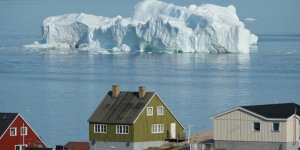 US sends aid to Greenland