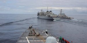 US Navy and UK Navy went Arctic for drills