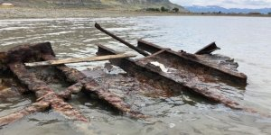 Storm exposes 100-year-old shipwreck in the Great Salt Lake