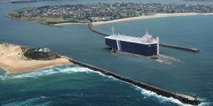 Newcastle Port to use 100% renewable energy by 2021