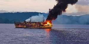 45 passengers rescued from fire in Philippine