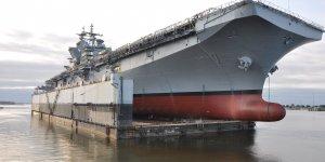 USS Tripoli sails away from Ingalls Shipbuilding