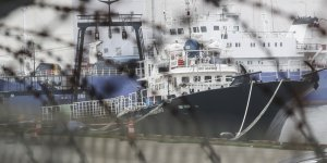 More seafarers on Russia-flagged ship tested positive for COVID-19 in Busan
