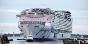 Largest cruise ship in the world floats out