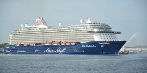 Crew of TUI Cruises test positive for coronavirus