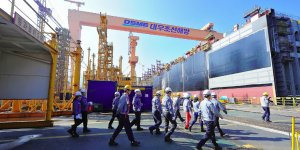 Daewoo wins 2 trillion won order for 6 LNG carriers