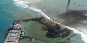 Mauritius oil spill to be cleaned up by January