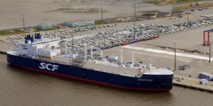 Sovcomflot to receive loan for LNG carrier pair