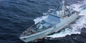 Russian Navy's frigate performs firing tests in the White Sea