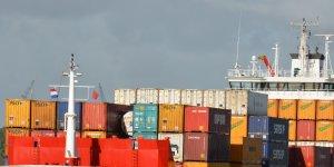 Seaspan orders five 12,200 TEU boxships worth $910m