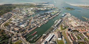 Amsterdam Port saw a significant decline in transhipment volumes in 2020