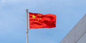 China's Ministry of Transport suspends crew changes of two shipmanagers