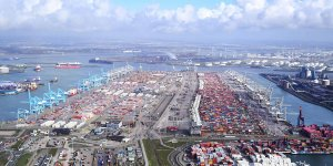 Europe's biggest bunkering port receives bunker fuel transporter licence from IBIA