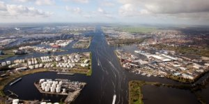 Amsterdam Port tests shore power for short-sea vessels