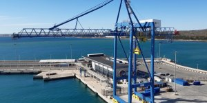 New Liebherr ship to shore container crane enters service at Port of Alicante