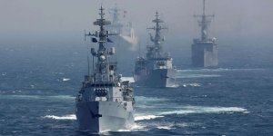 Pakistan and Qatar hold joint naval drill in Arabian Gulf