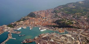 Italian government bans cruise ships from Venice
