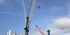 The Port of Esbjerg is expanding its crane capacity with the Liebherr LHM 800