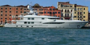 Italian government will ban large cruise ships in Venice